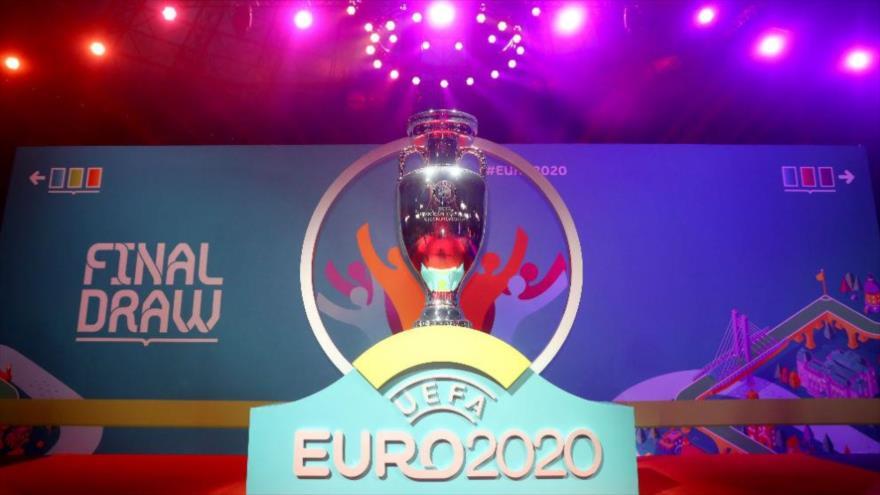 El trofeo de la Eurocopa-2020 de fútbol.