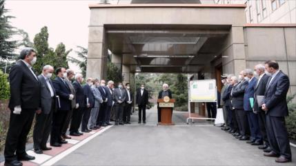 Rohani: Enemigo no ha podido poner de rodillas a la nación iraní