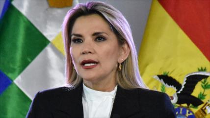 Áñez rechaza ayuda cubana para combatir el COVID-19 en Bolivia