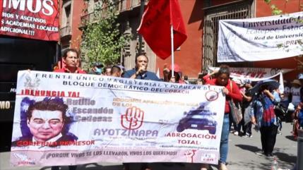 Educadores mexicanos exigen acuerdos en mesas de diálogo