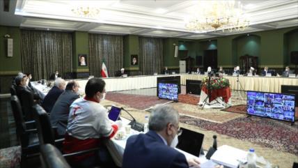 Rohani elogia al pueblo iraní por apoyar la lucha contra COVID-19