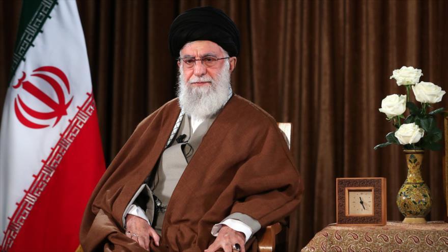 El Líder de la Revolución Islámica de Irán, el ayatolá Seyed Ali Jamenei, se dirige a la nación, 22 de marzo de 2020. (Fuente: Khamenei.ir)