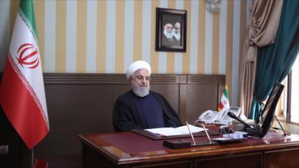 """Irán repudia bloqueo """"inhumano"""" de EEUU en pleno brote de COVID-19"""
