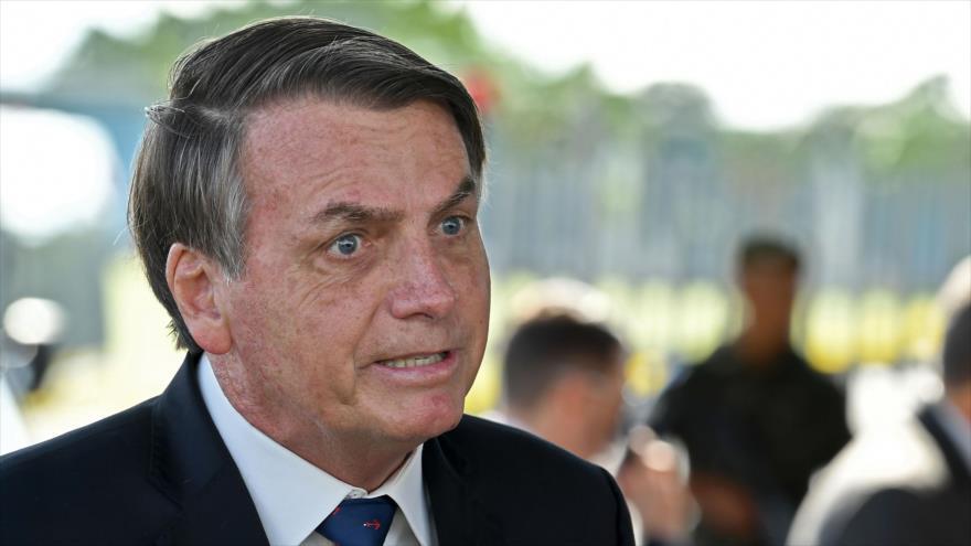 Vídeo: Bolsonaro ataca a periodista que critica gestión de COVID-19