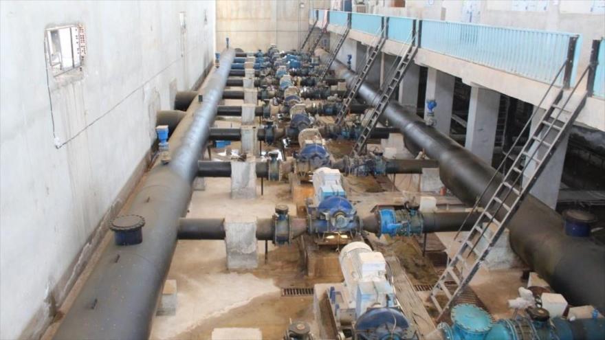 Instalaciones hidráulicas en la ciudad siria de Al-Hasaka.