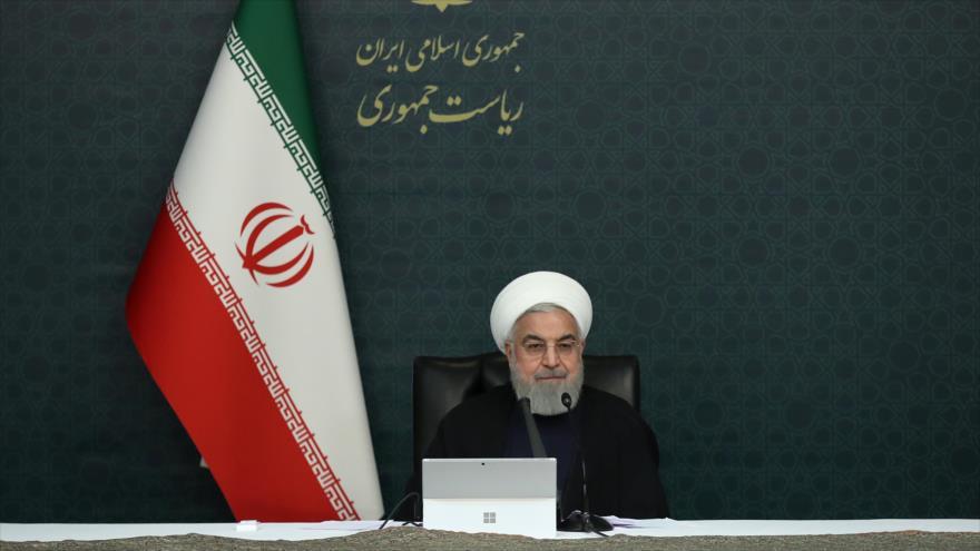 Hasan Rohani, presidente de Irán, habla en una reunión con su gabinete, 25 de marzo de 2020. (Foto: President.ir)