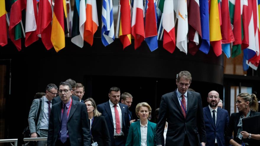 Líderes europeos proceden a dar una rueda de prensa conjunta sobre el COVID-19 en Bruselas, 16 de marzo de 2020. (Foto: AFP)