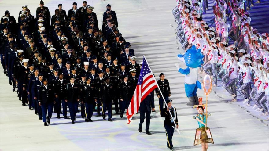 El equipo deportivo de las Fuerzas Armadas de EE.UU. marcha en la ceremonia de inauguración de los Juegos Mundiales Militares 2019 en Wuhan (China).