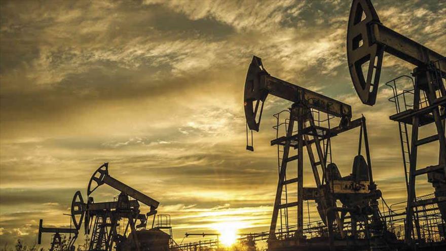 Conozcan dos escenarios de actual 'guerra de precios' de petróleo   HISPANTV