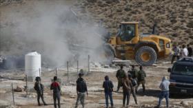 Vídeo: Israel sigue demoliendo casas palestinas pese a COVID-19