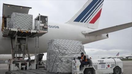 Llega a Francia gran cargamento de ayuda china contra el COVID-19