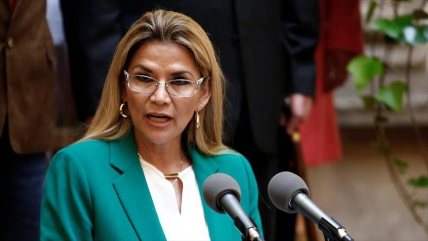 La presidenta del gobierno de facto de Bolivia, Jeanine Áñez.