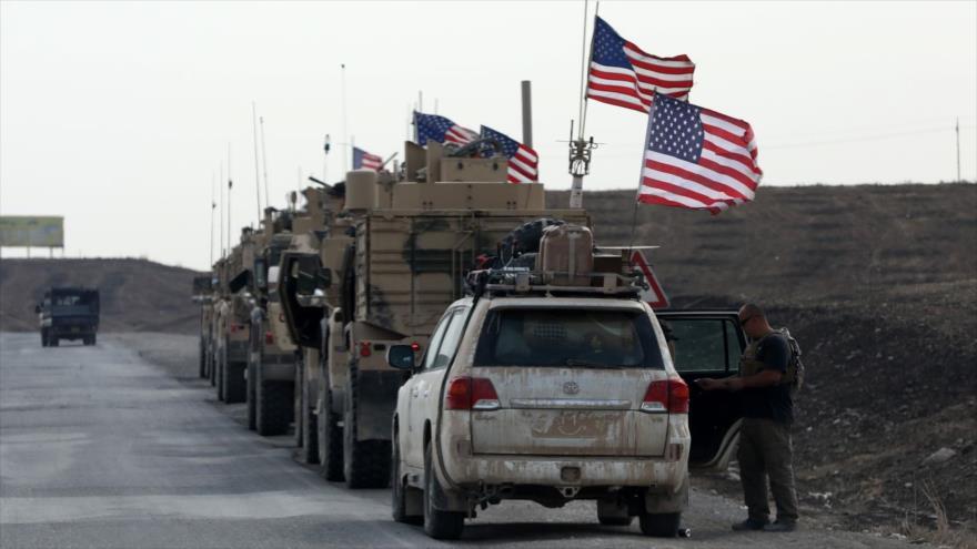 Un convoy militar de las fuerzas estadounidenses que se abre paso a través de la ciudad iraquí de Erbil. (Foto: Anadolu Agency)