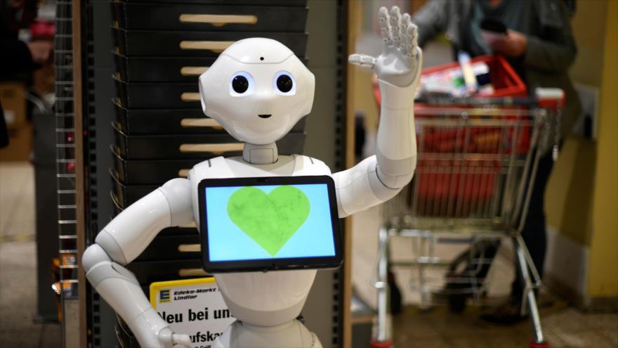 Robots en Alemania explican medidas de protección contra COVID-19