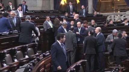 Congreso de Guatemala aprueba préstamos para contener COVID-19