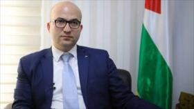 Israel obliga al ministro palestino a usar mascarilla con sangre