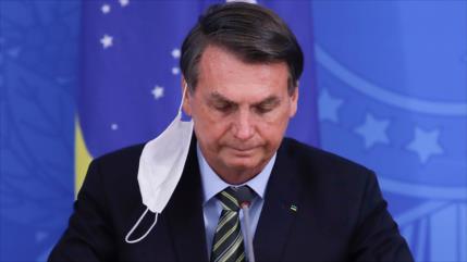 Cae en picado la popularidad de Bolsonaro por gestión de COVID-19