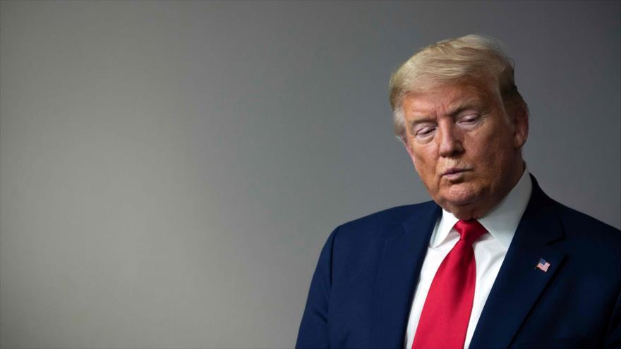 El presidente de EE.UU., Donald Trump, en una sesión informativa sobre el nuevo coronavirus, 3 de abril de 2020, en Washington, D.C. Foto: (AFP)