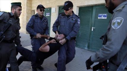 Israel sigue sus crímenes contra presos palestinos