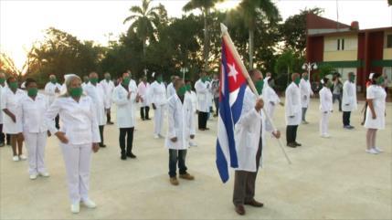 Cuba sigue enviando a personal médico a varios países por COVID-19