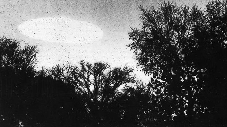 Fotografía de un supuesto ovni en Minnesota (EE.UU.), 20 de octubre de 1960.