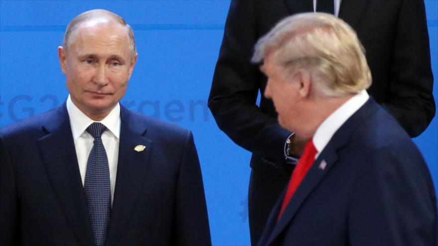 El presidente de Rusia, Vladimir Putin, y su par estadounidense, Donald Trump.