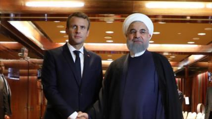 Rohani dialoga con Macron y aborda sanciones sanitarias de EEUU