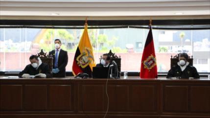 Justicia de Ecuador condena a Correa a cárcel por delito de cohecho