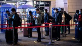 China pone fin a meses de cuarentena de Wuhan por COVID-19