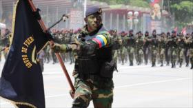 Venezuela envía miles de tropas a la frontera con Colombia