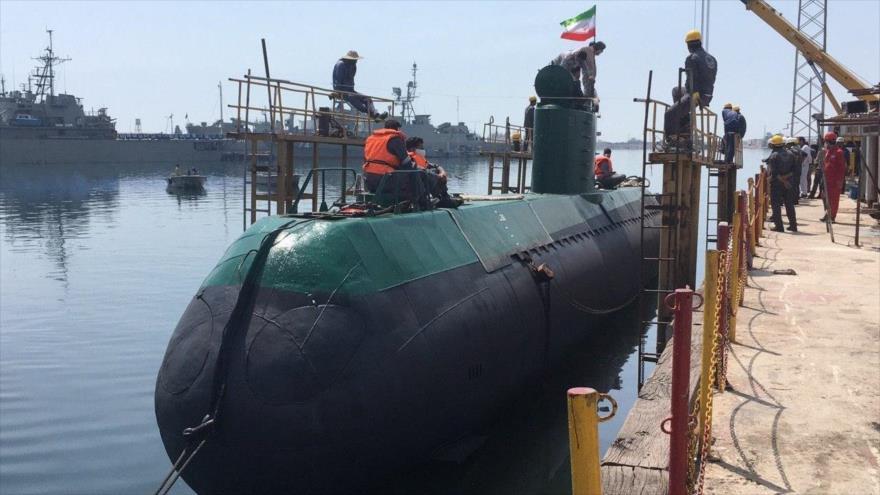 Vídeo: Irán lanza al agua submarino Qadir, de fabricación nacional