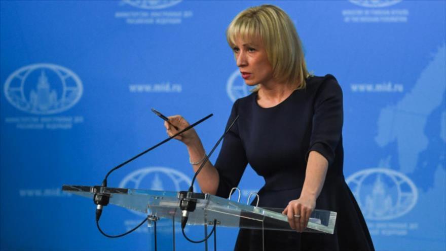 La portavoz del Ministerio ruso de Exteriores, María Zajarova, habla en una rueda de prensa en Moscú.