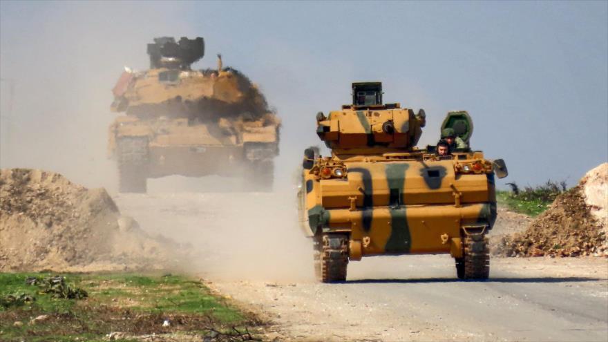 Turquía envía 20 vehículos militares al norte de Siria   HISPANTV