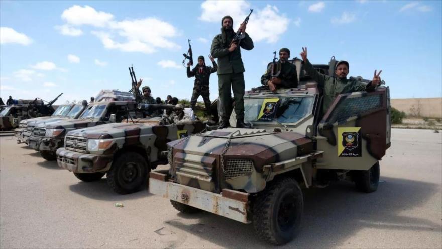 Fuerzas leales al mariscal Jalifa Haftar en la ciudad de Bengasi, este de Libia, 7 de abril de 2019. (Foto: Reuters)