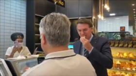 """¡Váyase a casa!"": Abuchean a Bolsonaro por ignorar la cuarentena"