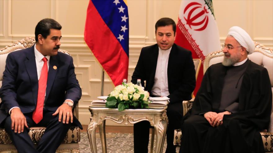"""Venezuela e Irán renuevan lucha contra """"crueles"""" sanciones de EEUU"""