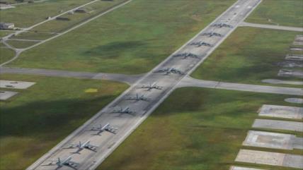 EEUU, acosado por COVID-19, realiza maniobras cerca de China