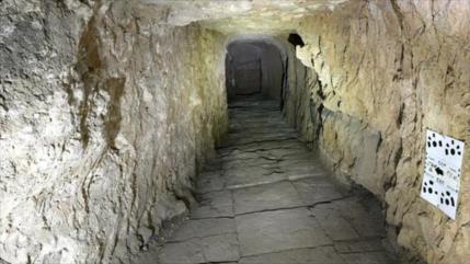 Hallan mayor sala del imperio asirio por túneles de Daesh en Mosul