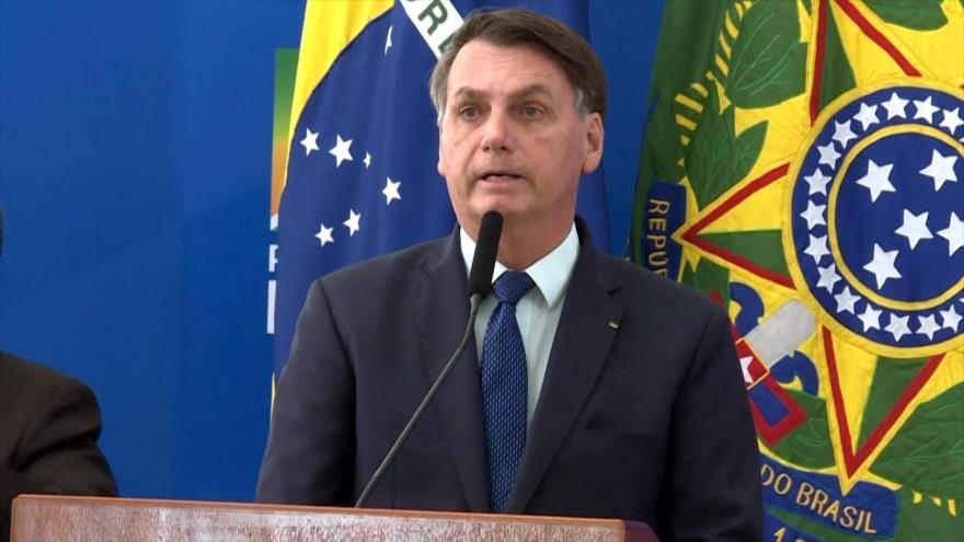 Bolsonaro defiende iniciativa de reabrir comercios pese a COVID-19