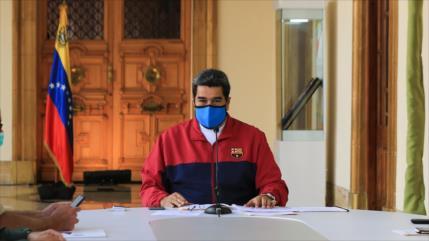 """Maduro: Celebrar elecciones este año """"sería una irresponsabilidad"""""""