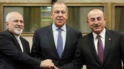 Irán, Rusia y Turquía apuestan por respetar la soberanía de Siria