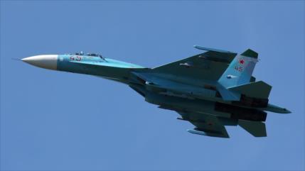 Vídeo: Cazas rusos Su-27 interceptan y escoltan a F-16 belga