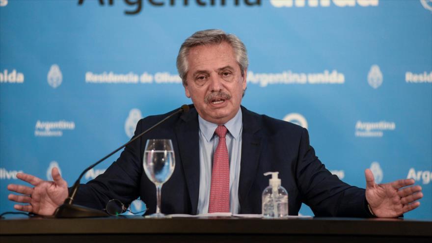 Presidente argentino, Alberto Fernández, en conferencia sobre el nuevo coronavirus, en Buenos Aires, la capital, 29 de marzo de 2020. (Foto: AFP)
