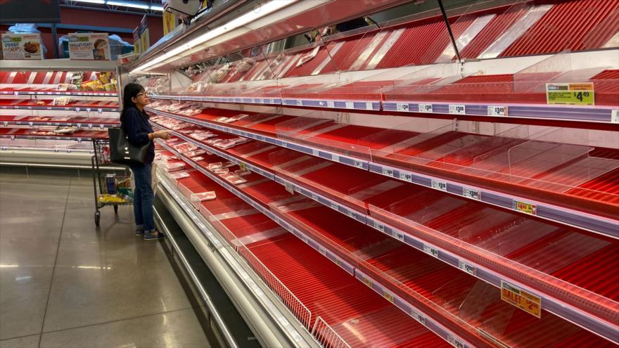 Los pocos artículos que quedan en la sección de carne en una tienda de comestibles de Austin, Texas, 13 de marzo de 2020. (Foto: Reuters)