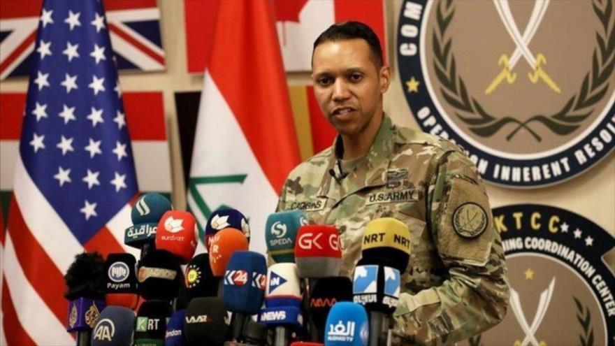 El portavoz de la alianza contra el EIIL (Daesh, en árabe), el coronel Myles B. Caggins III.