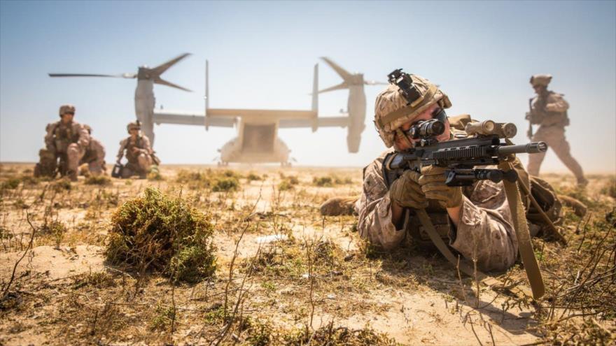 Los marines estadounidenses realizan un simulacro militar en una isla saudí, en el Golfo Pérsico, abril de 2020. (Foto: The Drive)