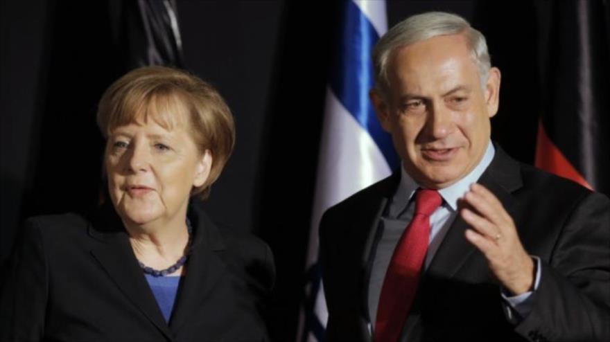 El primer ministro de Israel, Benjamín Netanyahu, junto a la canciller alemana Angela Merkel, después de una conferencia de prensa.