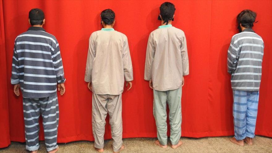 Miembros de un grupo terrorista detenidos por el servicio de la Inteligencia iraní en la provincia de Sistán y Baluchistán (sureste de Irán).