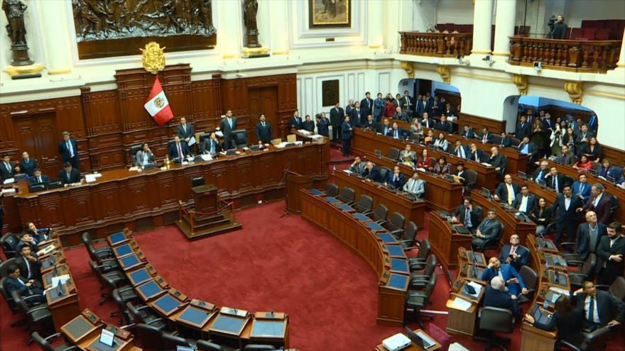10 congresistas del Parlamento peruano infectados por COVID-19
