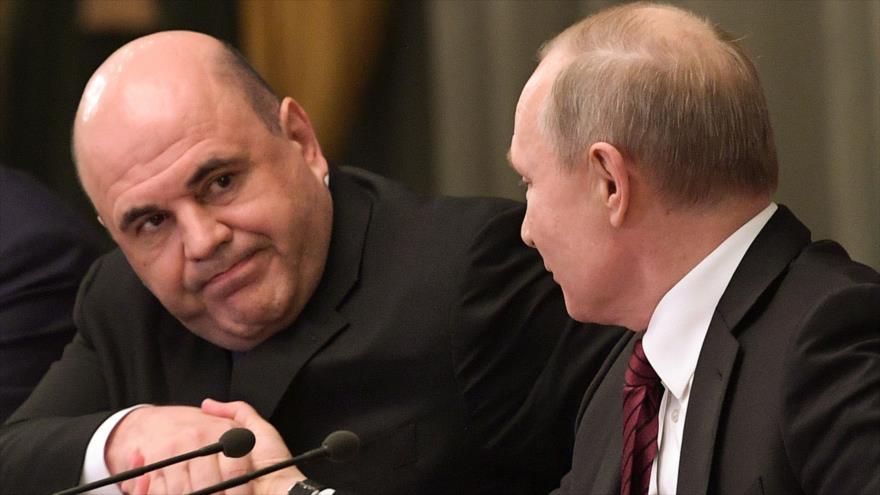 El presidente de Rusia, Vladimir Putin, y su premier, Mijail Mishustin, en una reunión de gobierno en Moscú, la capital, 21 de enero de 2020. (Foto: AFP)